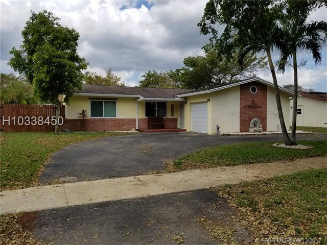 10253 50th St, Cooper City, FL 33328 (MLS #H10338450) :: Green Realty Properties