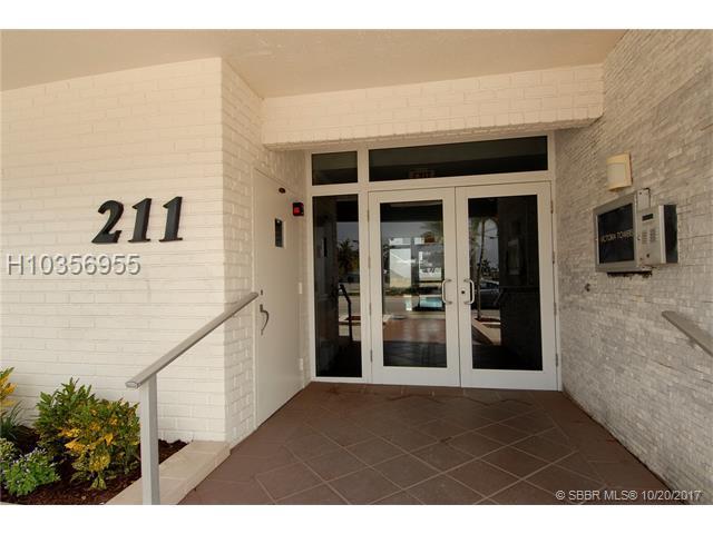 211 Ocean Dr #703, Hollywood, FL 33019 (MLS #H10356955) :: Green Realty Properties