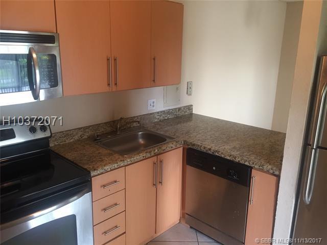 4011 University Dr #207, Sunrise, FL 33351 (MLS #H10372071) :: Green Realty Properties
