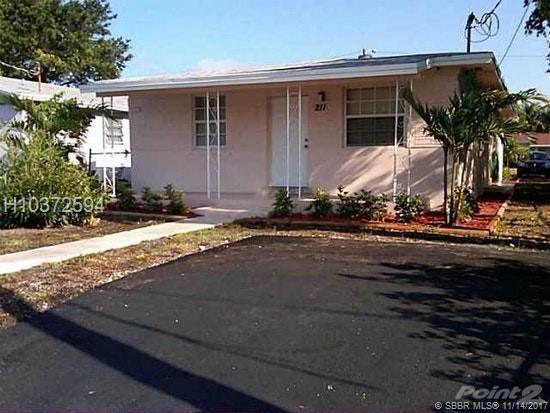 212 2nd Ter, Dania Beach, FL 33004 (MLS #H10372594) :: Green Realty Properties