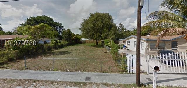 827 108th Street, Miami, FL 33168 (MLS #H10379780) :: Green Realty Properties