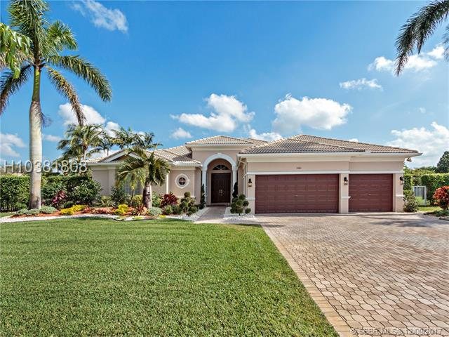 5060 Regency Isles Way, Cooper City, FL 33330 (MLS #H10381808) :: RE/MAX Presidential Real Estate Group