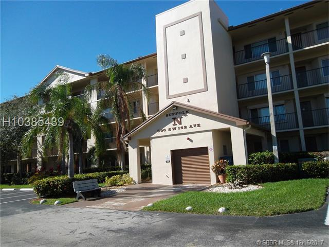 800 142nd Ave 309N, Pembroke Pines, FL 33027 (MLS #H10385439) :: RE/MAX Presidential Real Estate Group