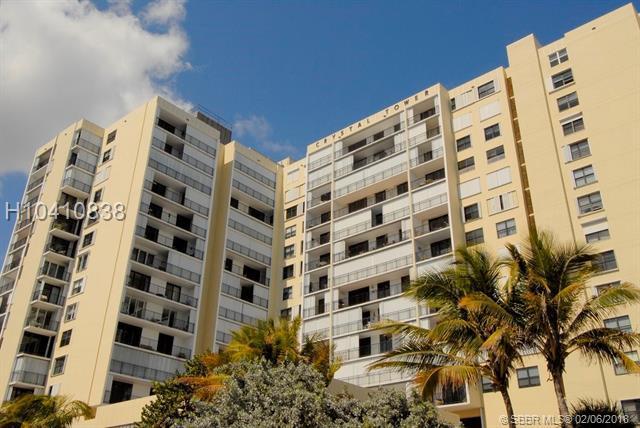 322 Buchanan St #905, Hollywood, FL 33019 (MLS #H10410838) :: Green Realty Properties