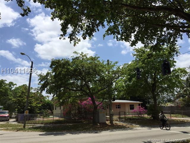 6800 Johnson St, Hollywood, FL 33024 (MLS #H10411696) :: Green Realty Properties