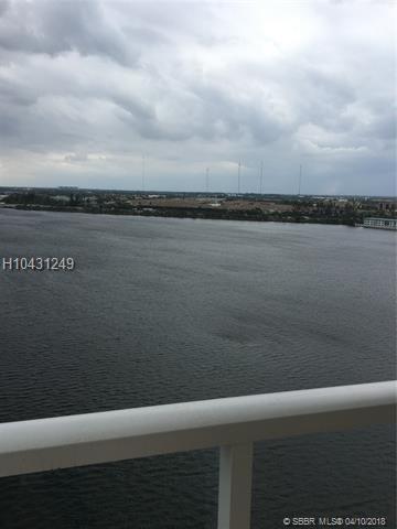 1301 Miami Gardens Dr 1505W, Miami, FL 33179 (MLS #H10431249) :: Green Realty Properties