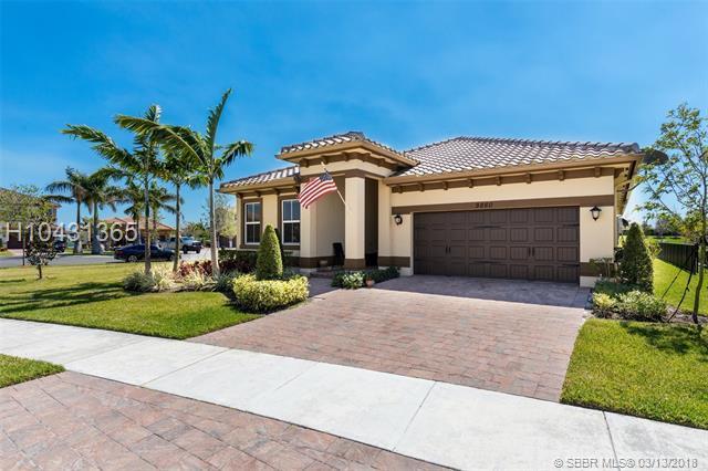 9860 Miralago Way, Parkland, FL 33076 (MLS #H10431365) :: Green Realty Properties