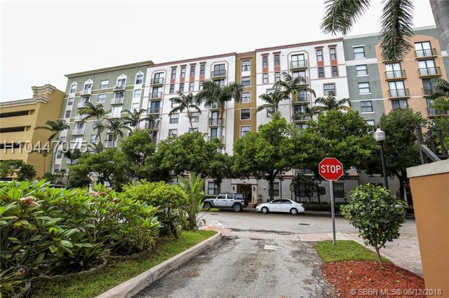 1919 Van Buren St 809A, Hollywood, FL 33020 (MLS #H10447075) :: Green Realty Properties