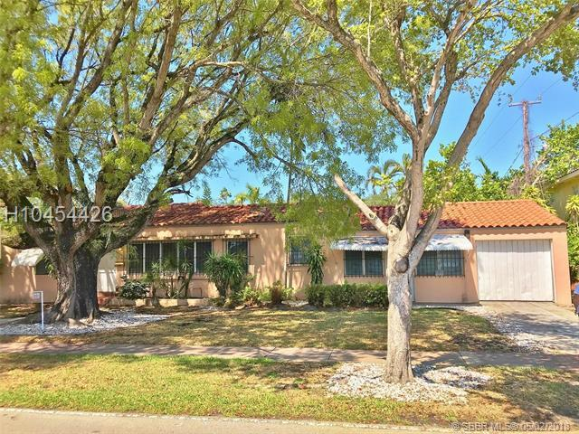 810 Cortez St, Coral Gables, FL 33134 (MLS #H10454426) :: Green Realty Properties