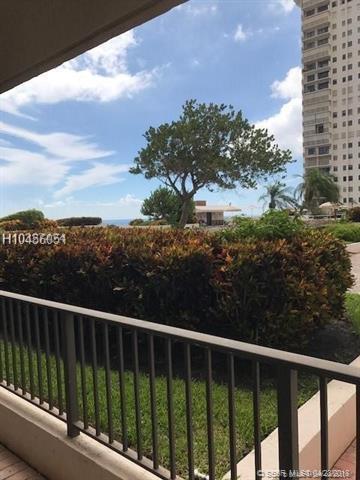 1201 Ocean Dr 405N, Hollywood, FL 33019 (MLS #H10456051) :: Green Realty Properties