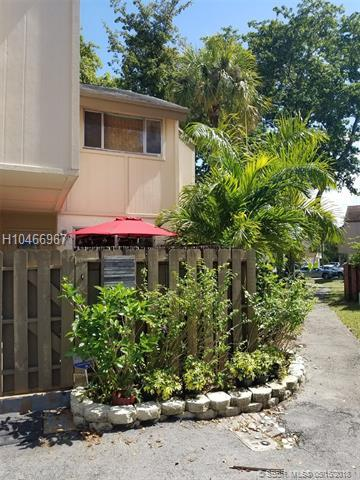 8226 8th Place #6, Plantation, FL 33324 (MLS #H10466967) :: Green Realty Properties