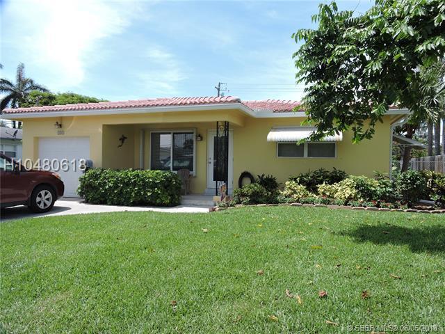 205 3rd Ter, Dania Beach, FL 33004 (MLS #H10480618) :: Green Realty Properties