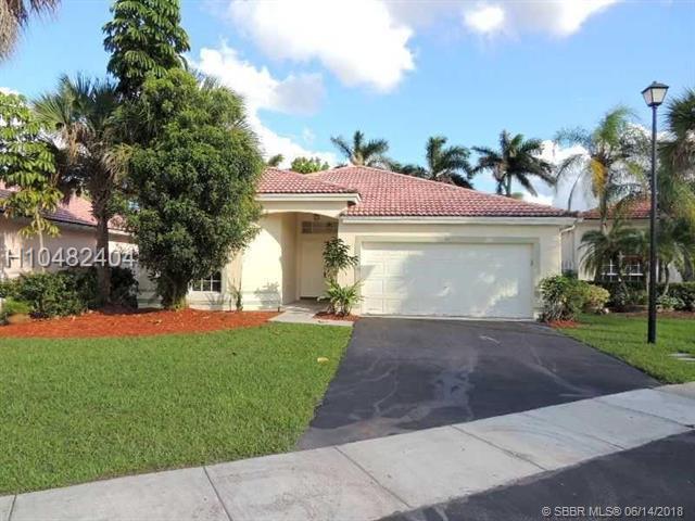 90 Gables Blvd, Weston, FL 33326 (MLS #H10482404) :: Green Realty Properties