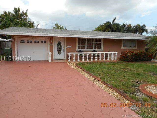 8431 16th St, Pembroke Pines, FL 33024 (MLS #H10490216) :: Green Realty Properties