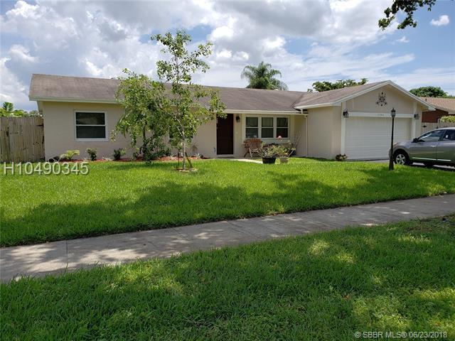 11546 56th St, Cooper City, FL 33330 (MLS #H10490345) :: Green Realty Properties