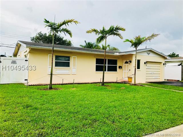 7508 Mckinley St, Hollywood, FL 33024 (MLS #H10495433) :: Green Realty Properties