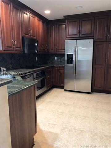 16102 Emerald Estates Dr #233, Weston, FL 33331 (MLS #H10496500) :: Green Realty Properties