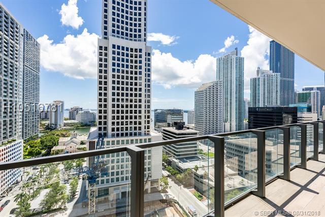 68 6th St #1507, Miami, FL 33131 (MLS #H10516781) :: Green Realty Properties