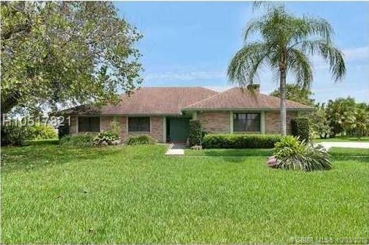 11917 Acorn Dr, Davie, FL 33330 (MLS #H10517821) :: Green Realty Properties