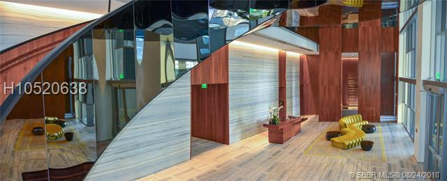 1300 Brickell Bay Dr #1809, Miami, FL 33131 (MLS #H10520638) :: Green Realty Properties