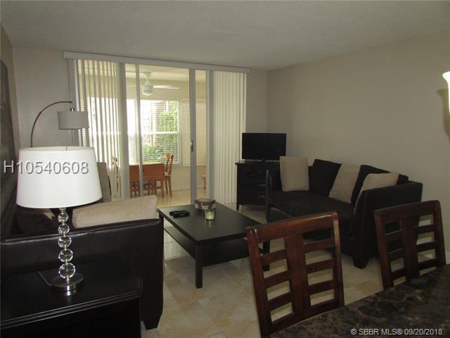 2600 49th Ave #109, Lauderdale Lakes, FL 33313 (MLS #H10540608) :: Green Realty Properties