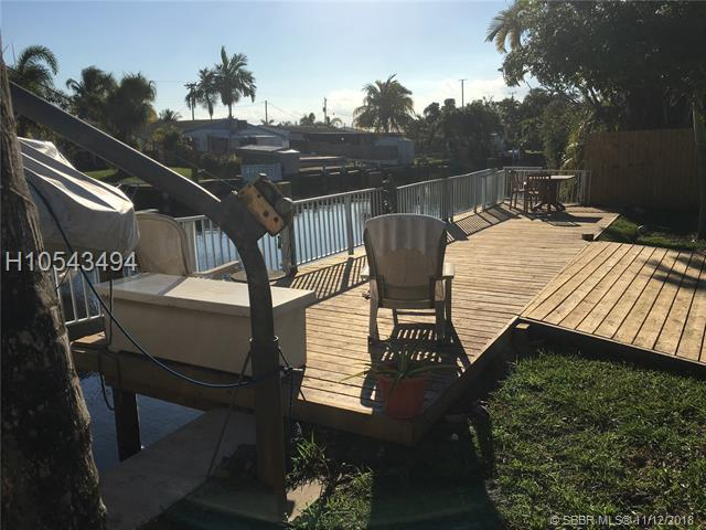 2610 Sheridan St, Hollywood, FL 33020 (MLS #H10543494) :: Green Realty Properties