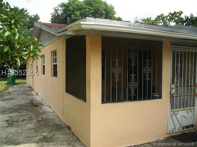 2729 170th St, Opa-Locka, FL 33056 (MLS #H10552355) :: Green Realty Properties