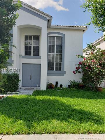926 102nd Ter, Pembroke Pines, FL 33025 (MLS #H10554281) :: Green Realty Properties