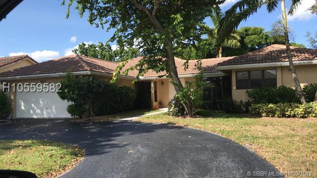 6401 53rd St, Coral Springs, FL 33067 (MLS #H10559582) :: Green Realty Properties