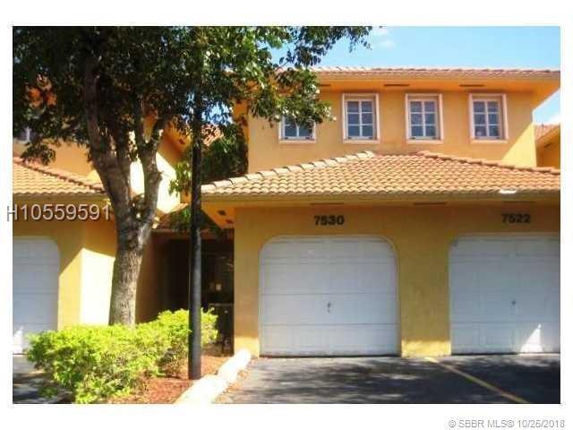 7530 176th St #7530, Hialeah, FL 33015 (MLS #H10559591) :: Green Realty Properties