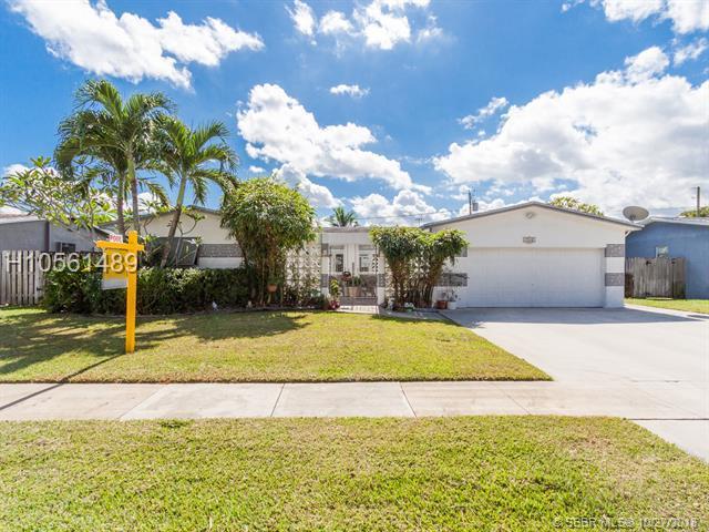 9360 55th Ct, Cooper City, FL 33328 (MLS #H10561489) :: Green Realty Properties