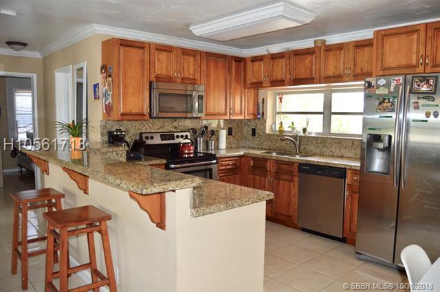 1008 5th St, Deerfield Beach, FL 33441 (MLS #H10561718) :: Green Realty Properties