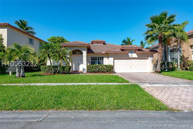 18421 11th St, Pembroke Pines, FL 33029 (MLS #H10563232) :: Green Realty Properties