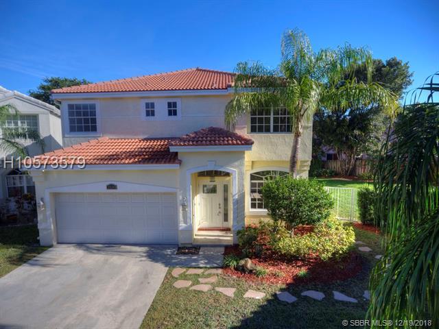 2539 Ambassador Ave, Cooper City, FL 33026 (MLS #H10573579) :: Green Realty Properties