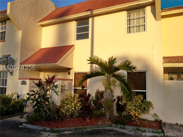 1379 Seaview #1379, North Lauderdale, FL 33068 (MLS #H10574356) :: Green Realty Properties