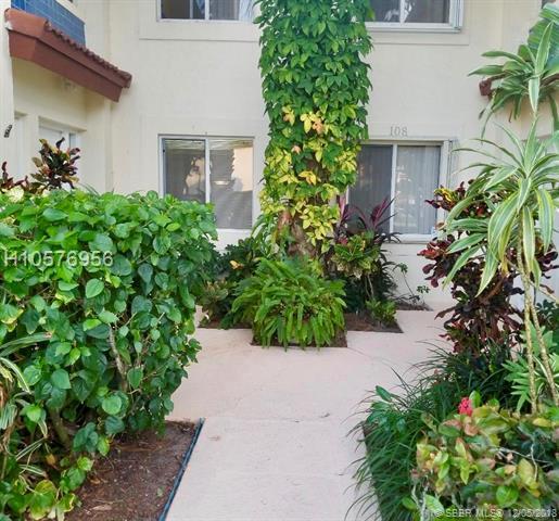 360 67th St E107, Boca Raton, FL 33487 (MLS #H10576956) :: Green Realty Properties