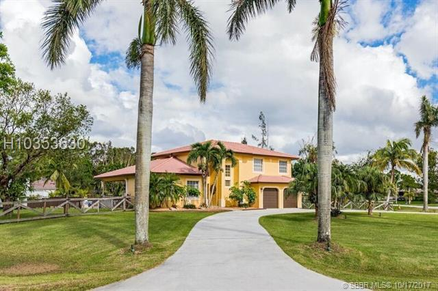 20127 54th Pl, Pembroke Pines, FL 33332 (MLS #H10353630) :: Green Realty Properties