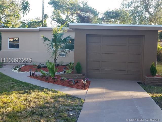 6100 40 Court, Miramar, FL 33023 (MLS #H10393225) :: Green Realty Properties