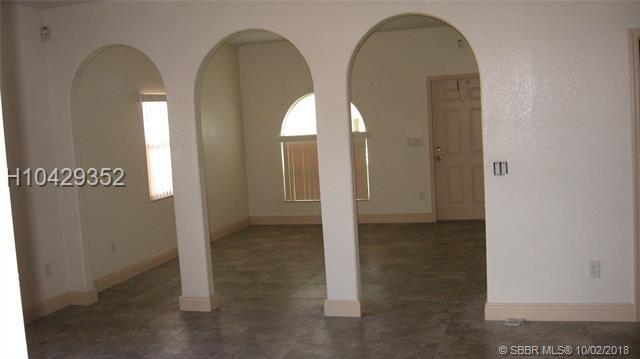 2523 14th Ct, Fort Lauderdale, FL 33311 (MLS #H10429352) :: Green Realty Properties