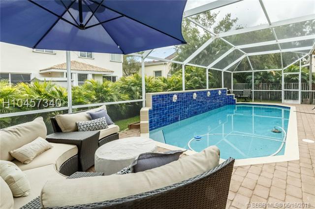4153 Trenton Ave, Cooper City, FL 33026 (MLS #H10457340) :: Green Realty Properties