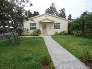 2435 Fillmore St, Hollywood, FL 33020 (MLS #H10466699) :: Green Realty Properties