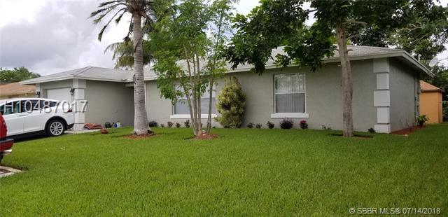 2643 Hypoluxo Rd, Lantana, FL 33462 (MLS #H10487017) :: Green Realty Properties