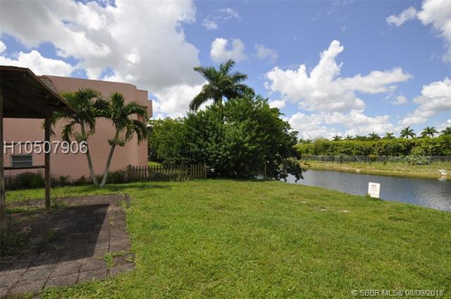 20520 15th Ave #229, Miami Gardens, FL 33169 (MLS #H10507906) :: Green Realty Properties