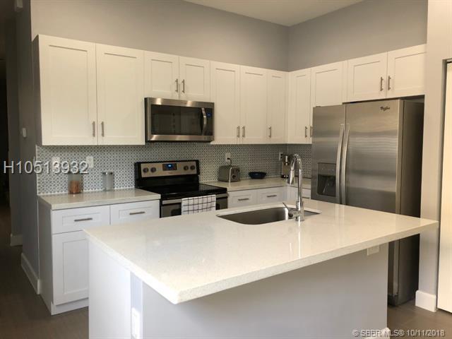 4908 48th Lane, Tamarac, FL 33319 (MLS #H10513932) :: Green Realty Properties