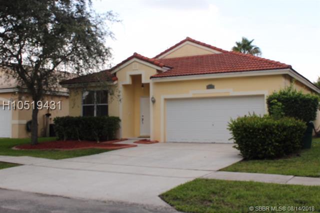 13445 22nd St, Miramar, FL 33027 (MLS #H10519431) :: Green Realty Properties