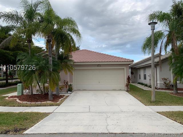 3007 179th Ave, Miramar, FL 33029 (MLS #H10579726) :: Green Realty Properties