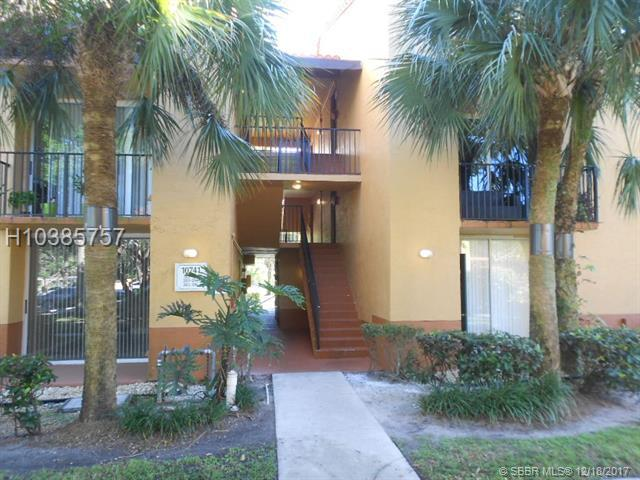 10741 Cleary Blvd #204, Plantation, FL 33324 (MLS #H10385757) :: Green Realty Properties