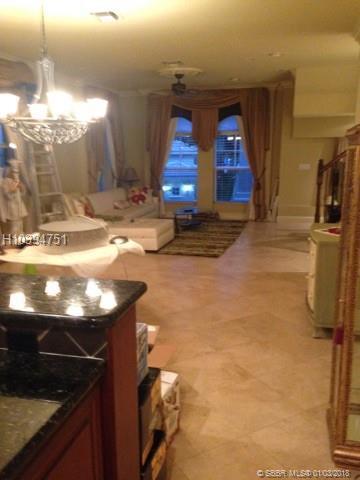 1033 17th Way #706, Fort Lauderdale, FL 33304 (MLS #H10394751) :: Green Realty Properties