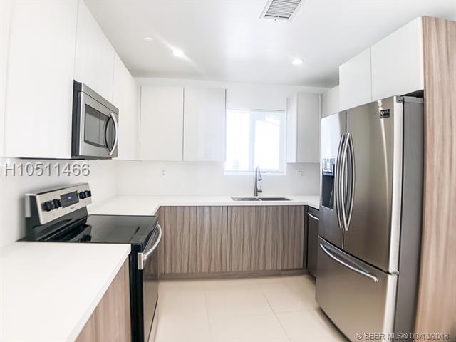 10 100th St, Miami Shores, FL 33150 (MLS #H10511466) :: Green Realty Properties