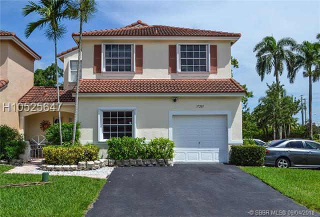 17207 8th St, Pembroke Pines, FL 33029 (MLS #H10525647) :: Green Realty Properties